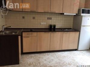продажадвухкомнатной квартиры на улице Средняя